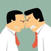 28875491-dos-hombres-de-negocios-enojados-cabezazos-en-el-concepto-de-negocio-en-el-conflicto-y-la-confrontac